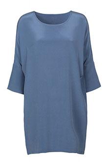 609d1cbae961 Klassisk blå kjole fra Mind of Line