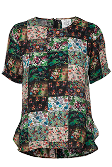 Silke t shirt med blomsterprint i 100% silke Mind of Line