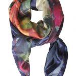 Mind of Line silketørklæde med print af ranunkler