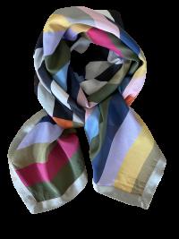 Print af striber i mange farver i silke/bomulds tørklæde fra Mind of Line